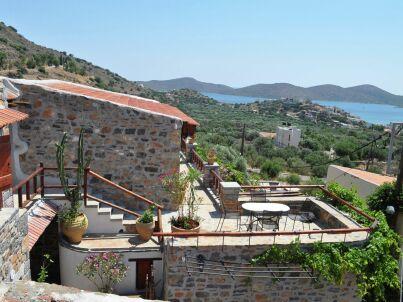Villa Kaktos - Elounda Traditional Art Suites