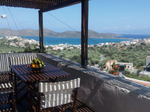 Ferienhaus Villa Carrop Tree Elounda Traditional Art Suites