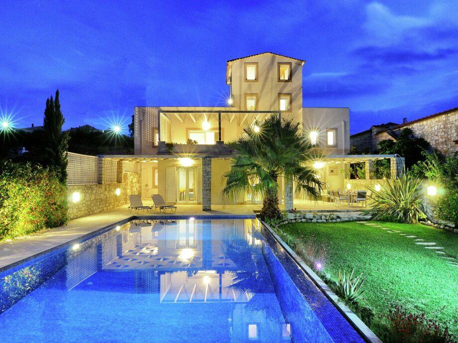 Außenaufnahme Cretan Mansion