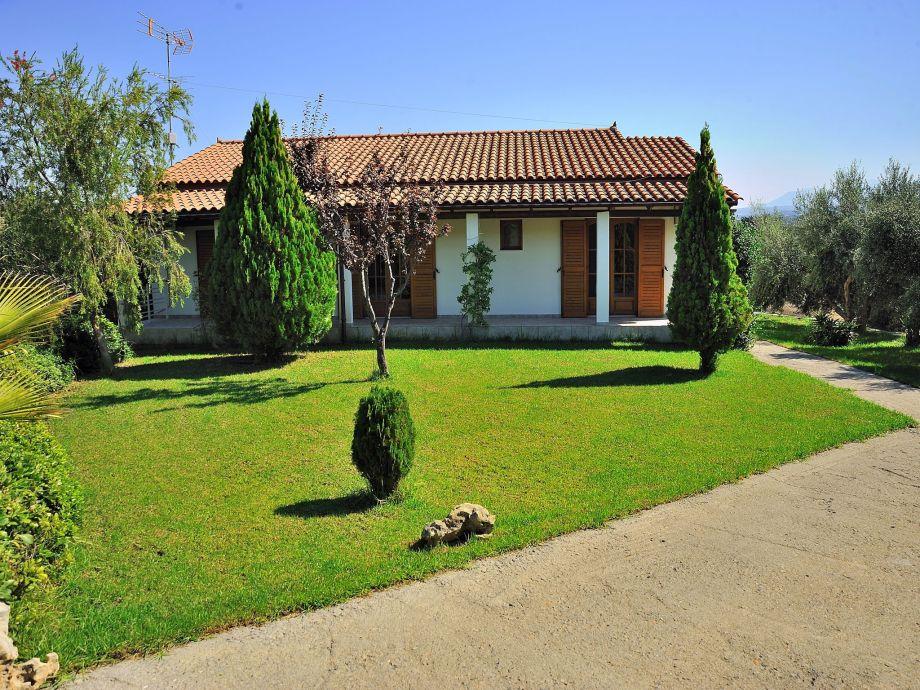 Außenaufnahme Villa Manolis