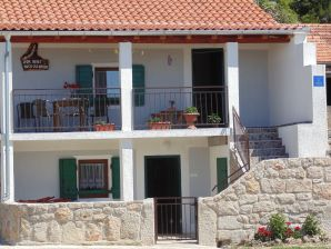 Ferienhaus Holiday house Paklenica