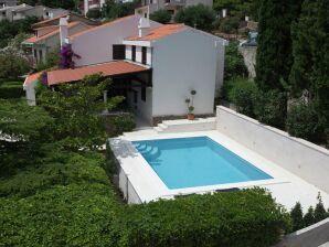 Villa Skalinada