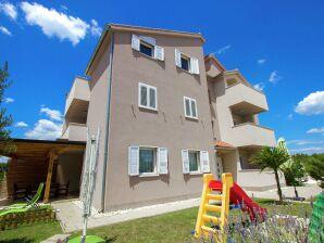 Ferienwohnung Apartment Lavanda