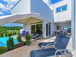 Villa , Haus-Nr: HR-52341-12