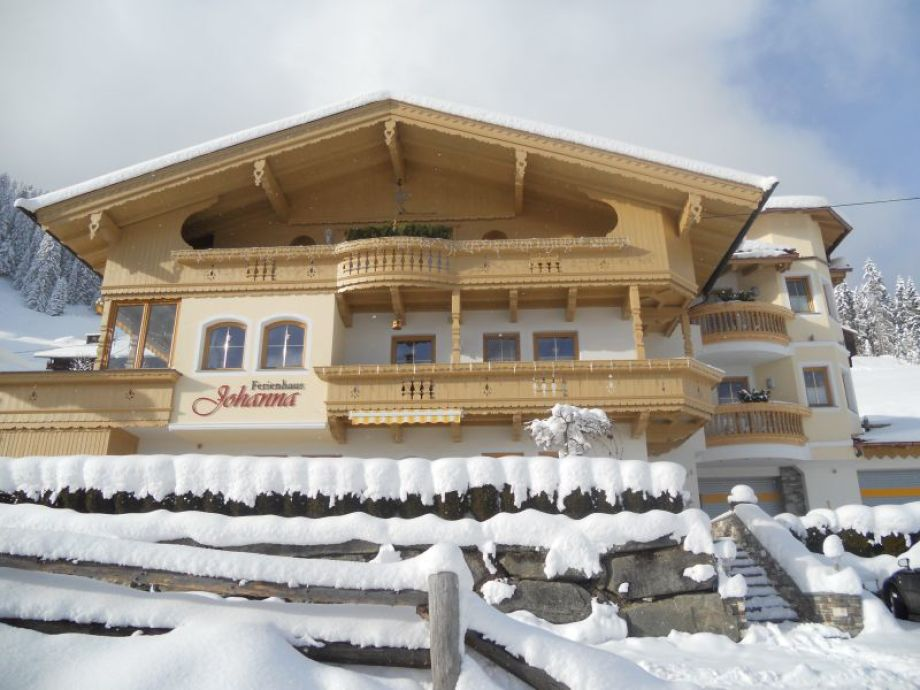 winter panorama foto from house johanna