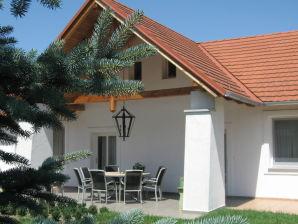 Ferienhaus Kossuth