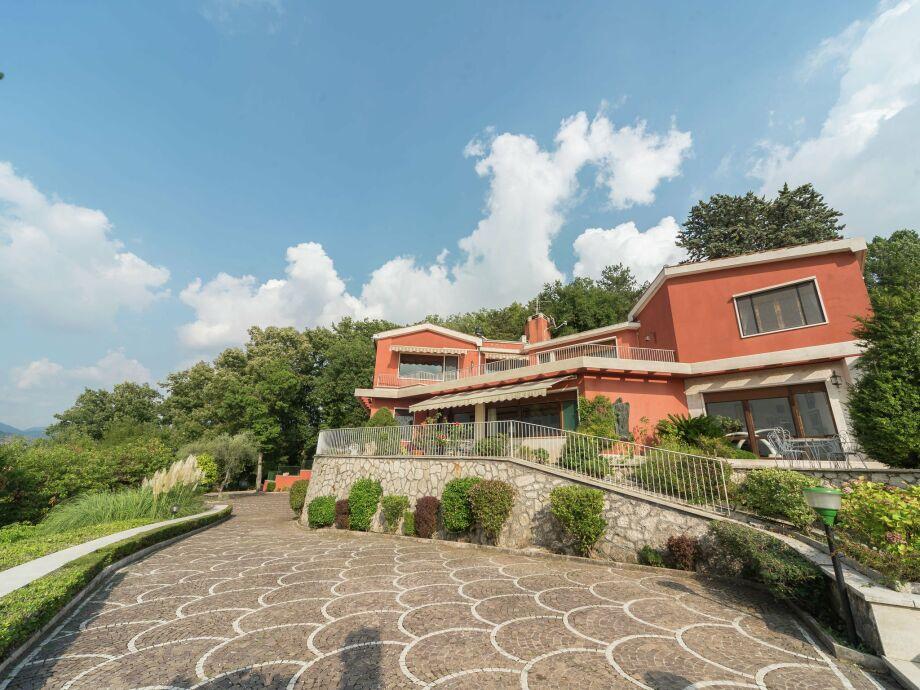 Außenaufnahme Villa Tivoli