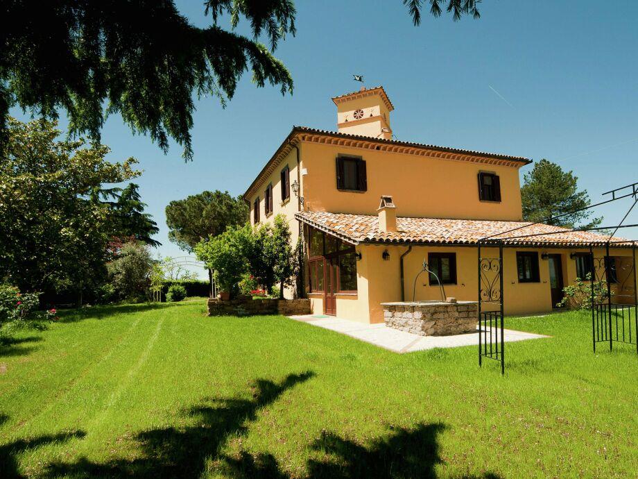Außenaufnahme Villa Graffi