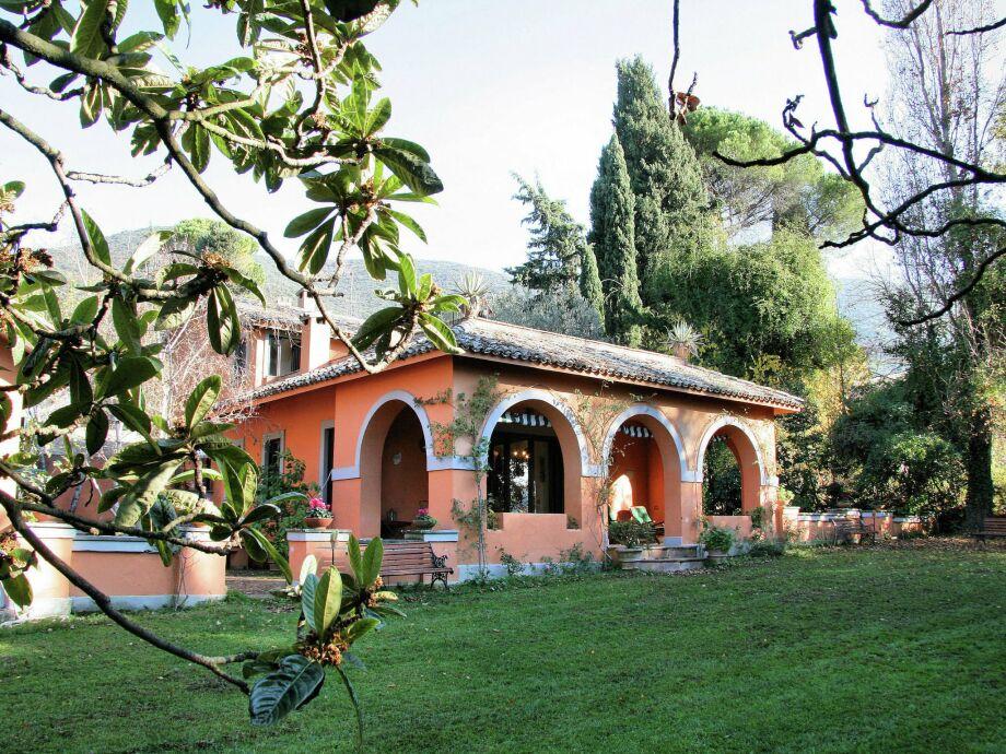 Außenaufnahme Villa Catino