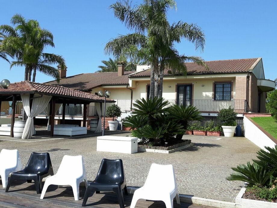 Außenaufnahme Villa Flavia