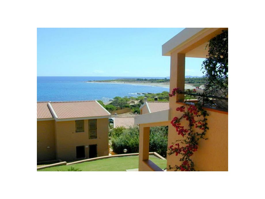 Außenaufnahme Porto Corallo Quadri