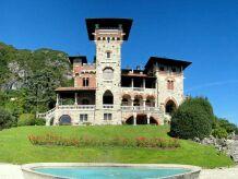 Schloss Castello sul Lago due