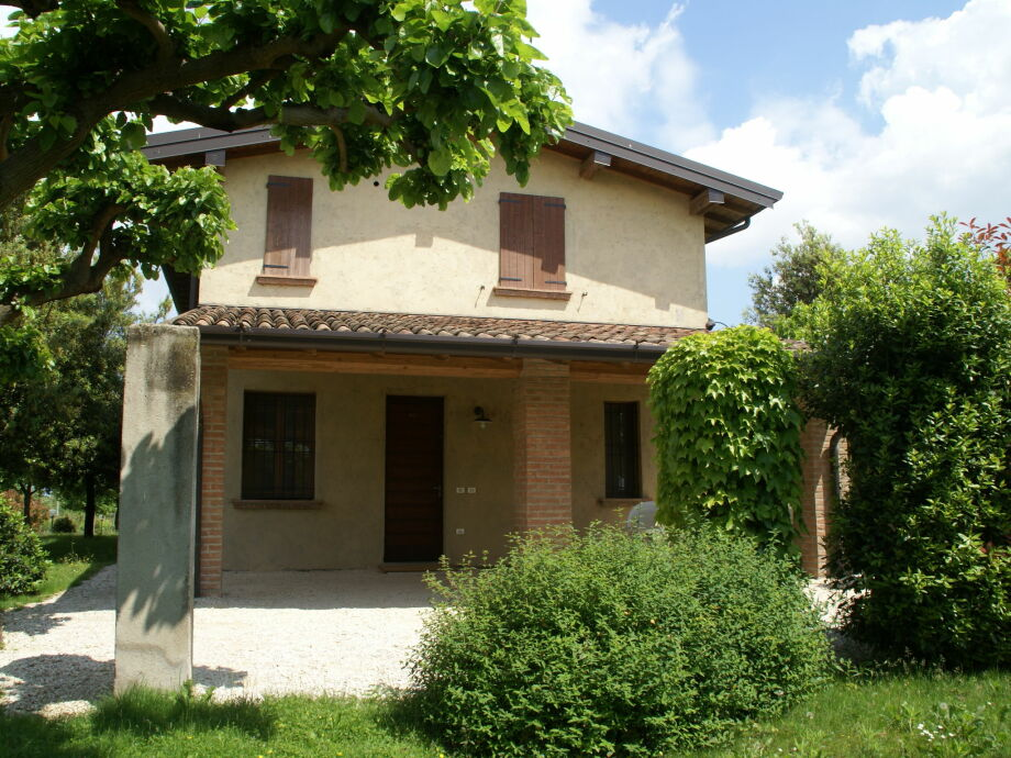 Außenaufnahme Borgo San Donino - Carpino 4