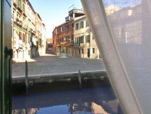 Ferienwohnung Lungo Canale - Cannaregio
