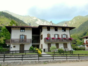 Ferienwohnung Cavezzi Trilo Primopiano