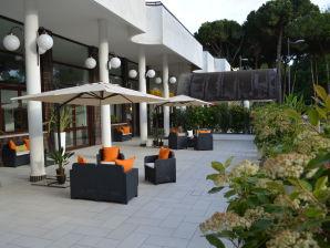 Ferienwohnung Residence Tropicana Trilocale