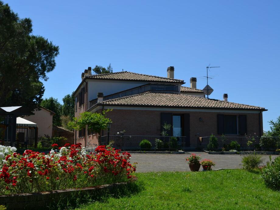 Außenaufnahme Villa Alessandro