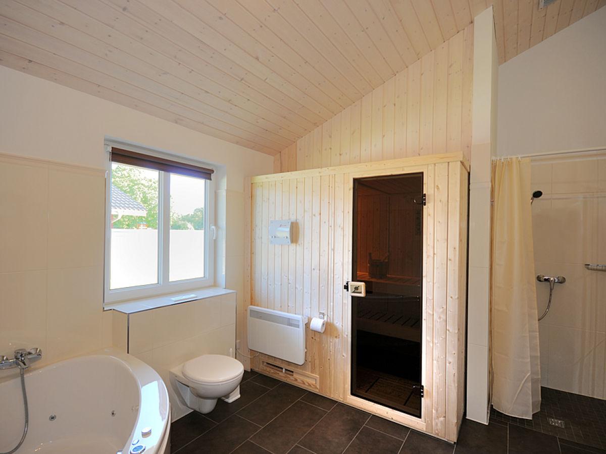 badezimmer mit sauna grundriss inspiration. Black Bedroom Furniture Sets. Home Design Ideas