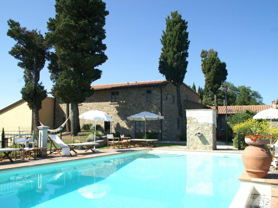Außenaufnahme Borgo Montecarelli Quercia