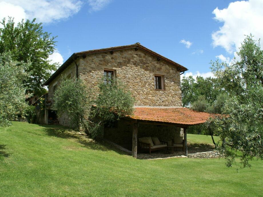 Außenaufnahme Borgo di Casignano Maison