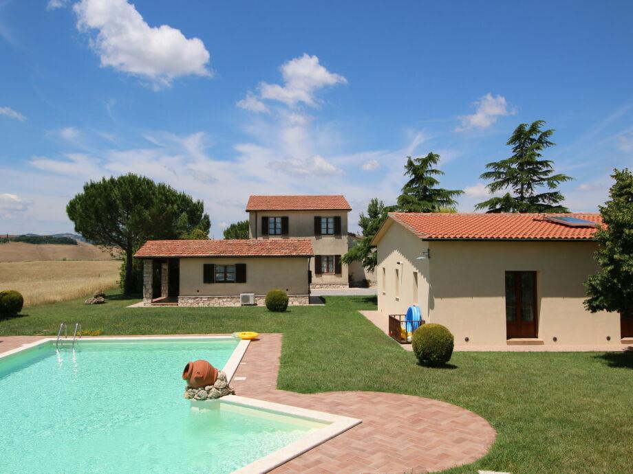 Außenaufnahme Villa Orcia