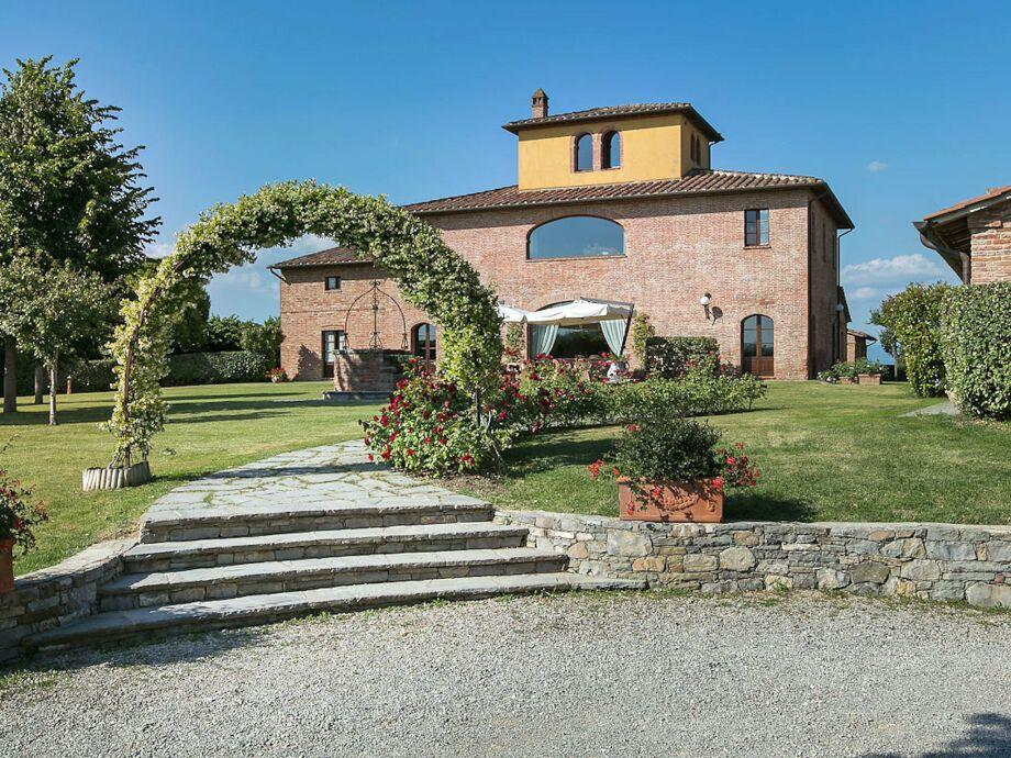 Außenaufnahme Villa Magenta