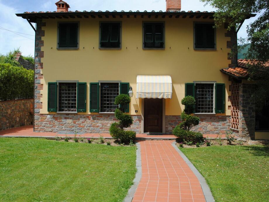Außenaufnahme Villa Luisa