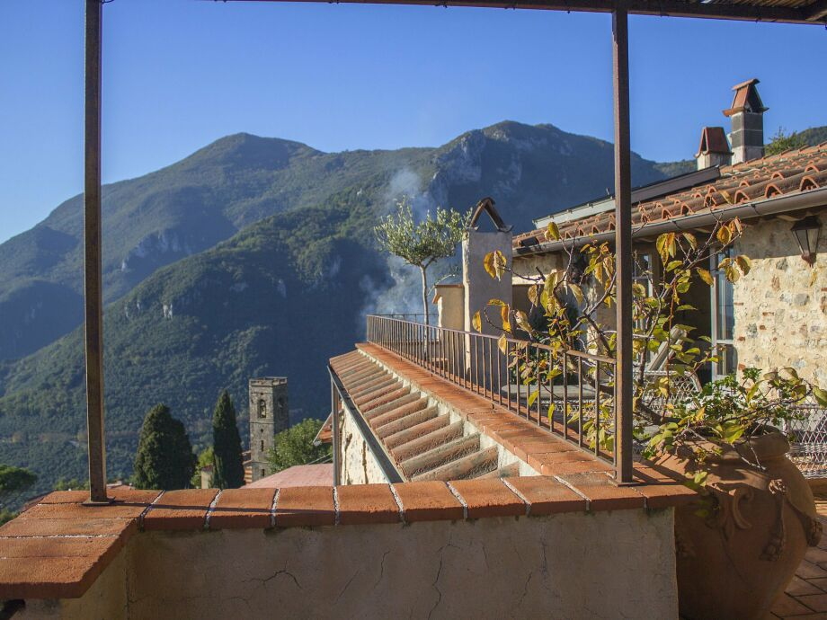 Außenaufnahme Borgo Gallinaio Mansarda