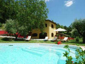 Ferienwohnung Casale San Gregorio  Luca