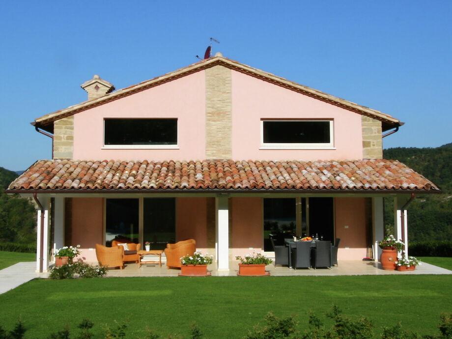 Außenaufnahme Villa Tartufo