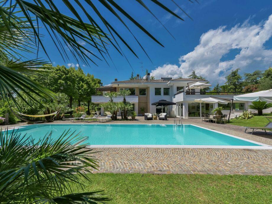 Außenaufnahme Villa Milla