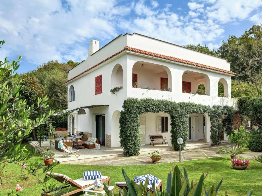 Außenaufnahme Villa Favorita
