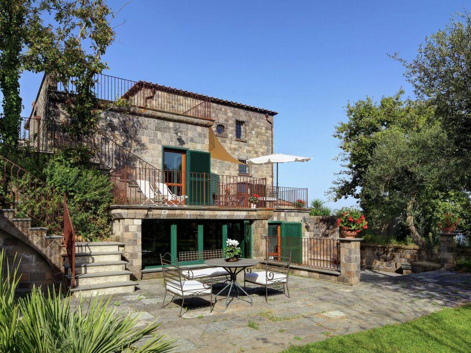 Außenaufnahme Villa Vesuvio