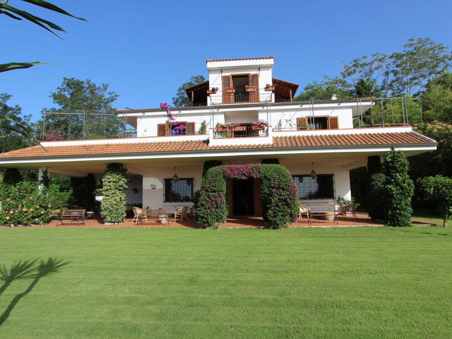 Außenaufnahme Villa Conte