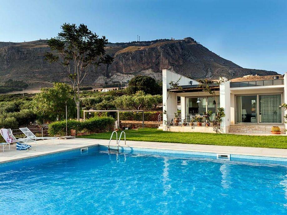 Außenaufnahme Villa Sicilia