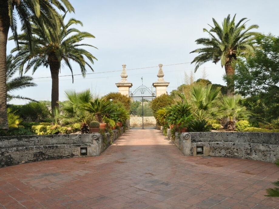 Außenaufnahme Villa Modicana