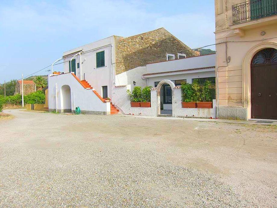 Außenaufnahme Villa Oinos