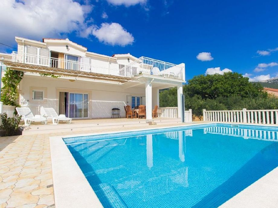 Das Poolhaus für aktiven Urlaub