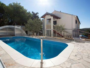 Gemütliches Ferienhaus mit Pool