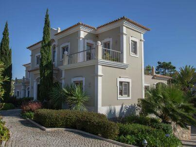 Maria Lisboa Villa