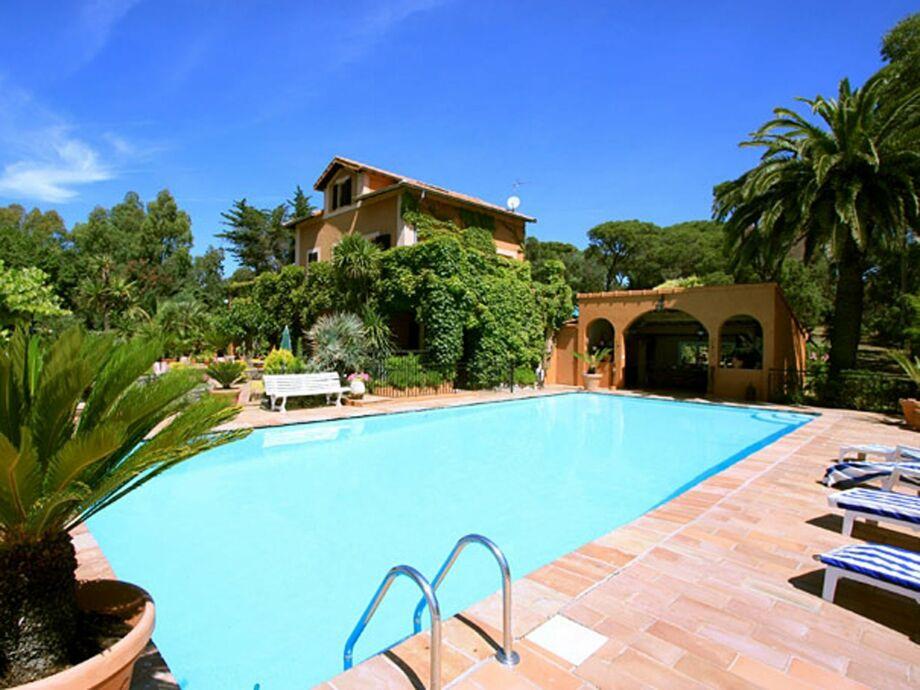 Außenaufnahme Villa Les Parasols