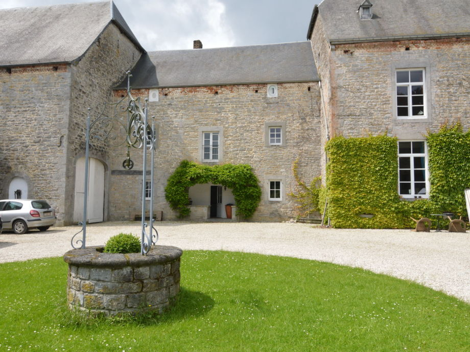 Außenaufnahme Château de Ry