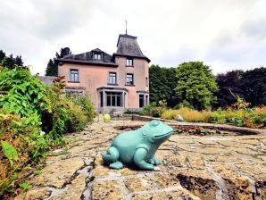 Schloss La Maison des Fleurs