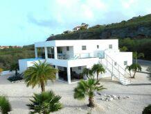 Villa Modern Coral Estate