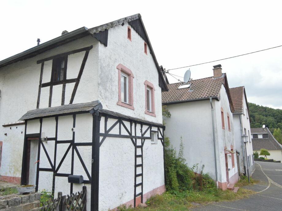 Außenaufnahme Ferienhaus Densborn