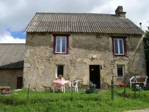 Ferienhaus Maison de Vacances -  Charensat