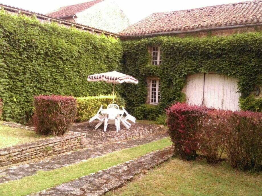 Außenaufnahme Maison Amouroux