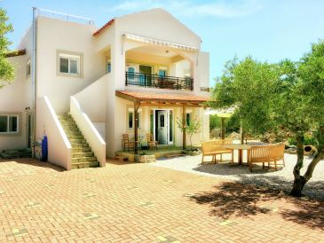 Villa Lefka Ori