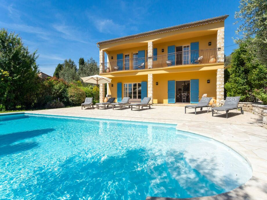 Außenaufnahme Villa Rosalie