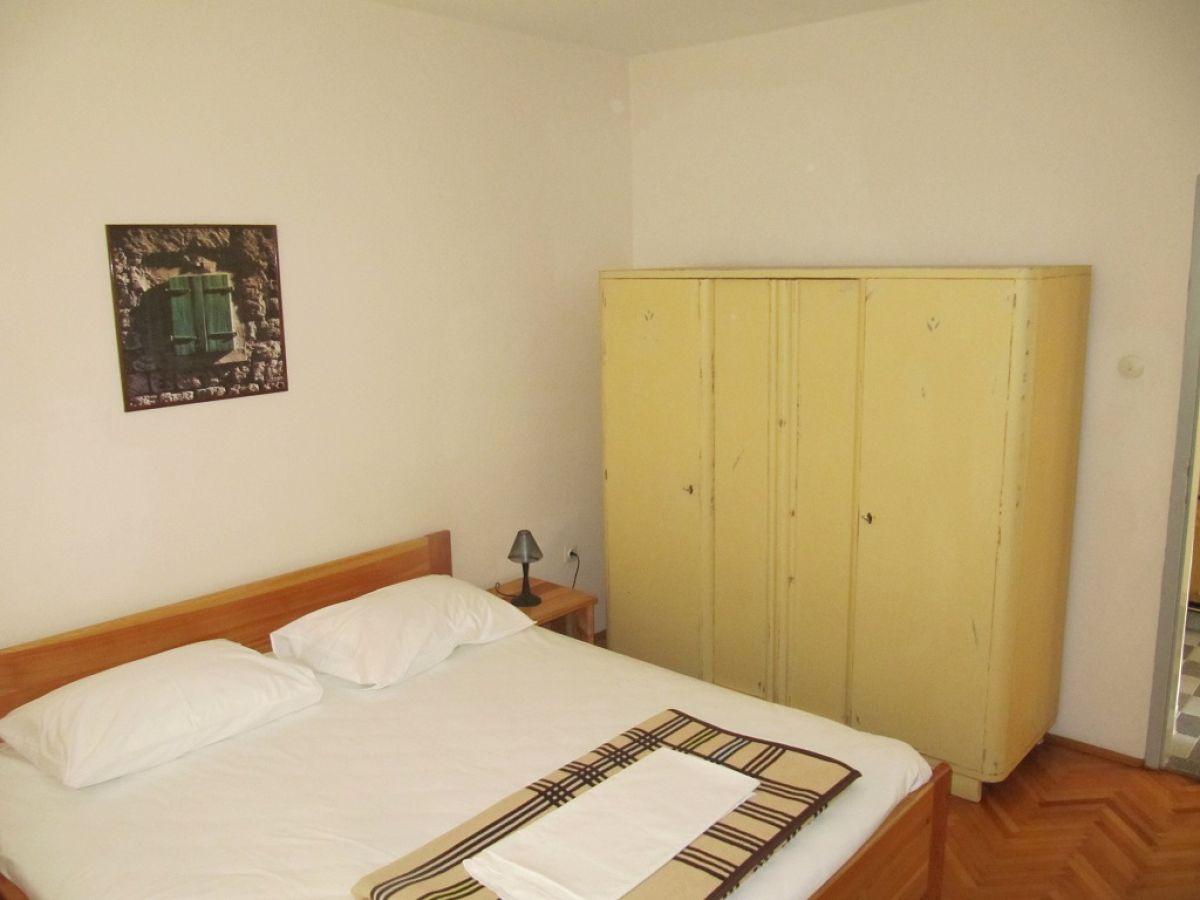 ferienhaus morovic dalmatien sveti filip i jakov frau dunja morovic. Black Bedroom Furniture Sets. Home Design Ideas